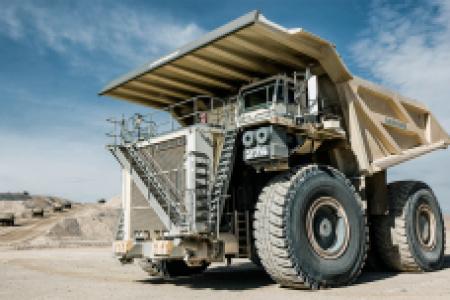 Nowe wozidło górnicze Liebherr T 274