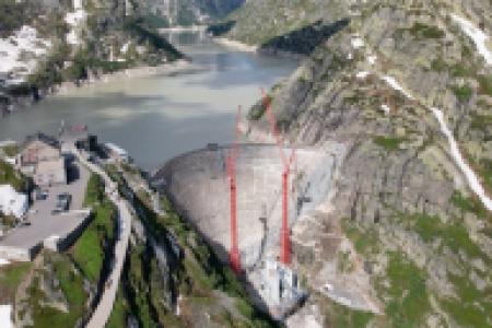 Żurawie WOLFF w wysokich Alpach